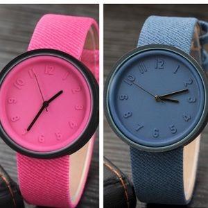 💕New! Women's fashion wrist watch quartz💕💕